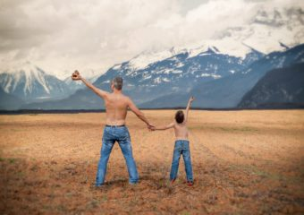 23 czerwca Dzień Ojca – święto będące wyrazem szacunku i wdzięczności ojcom.